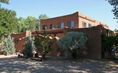 1854 Don Felipe Road SW, Albuquerque, NM 87105