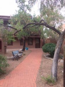 404 San Felipe Street NW #D1, Albuquerque, NM 87104