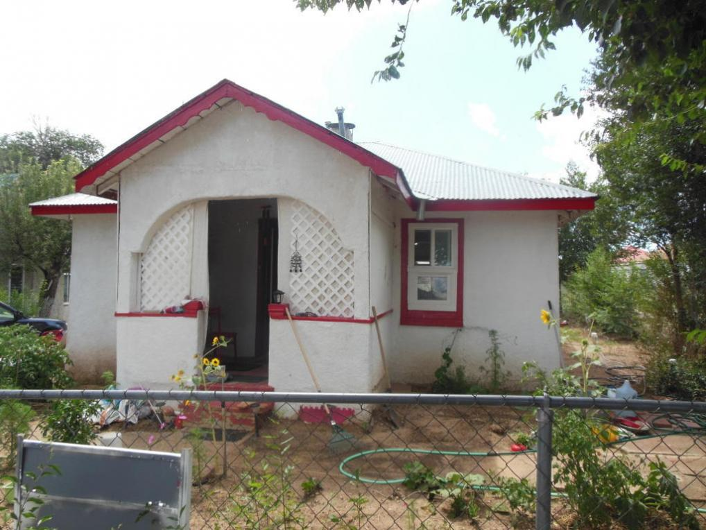 103 S Roosevelt, Mountainair, NM 87036