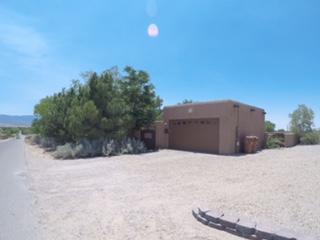 891 Alamos Road, Corrales, NM 87048