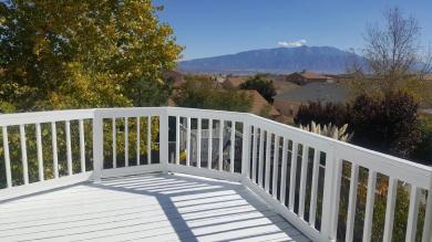 6135 Ridgewood Drive NE, Rio Rancho, NM 87144