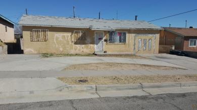408 68th Street SW, Albuquerque, NM 87121
