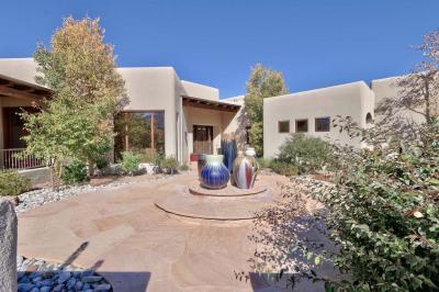 Photo of 13401 La Arista Place NE, Albuquerque, NM 87111
