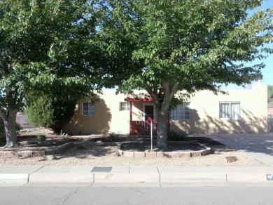 5317 Summer Avenue NE, Albuquerque, NM 87110