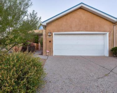 3705 Otra Vez Court NW, Albuquerque, NM 87107