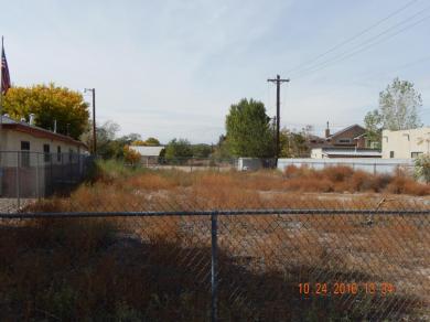 Montoya Street NW, Albuquerque, NM 87104
