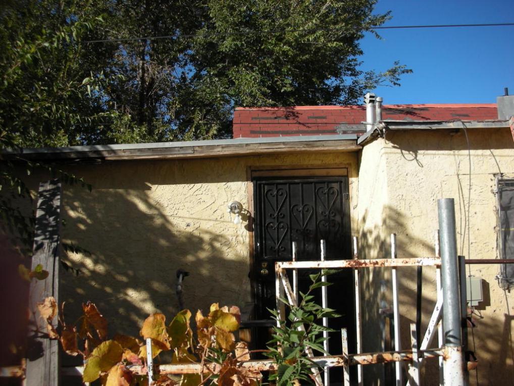 721 Edith SE, Albuquerque, NM 87102
