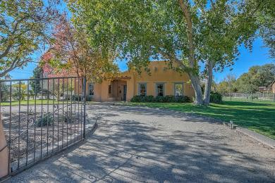 8203 Guadalupe Trail NW, Los Ranchos, NM 87114