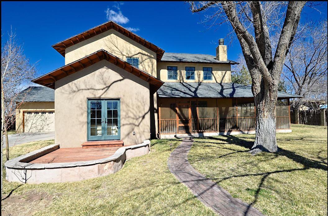 2305 Matthew Avenue NW, Albuquerque, NM 87104