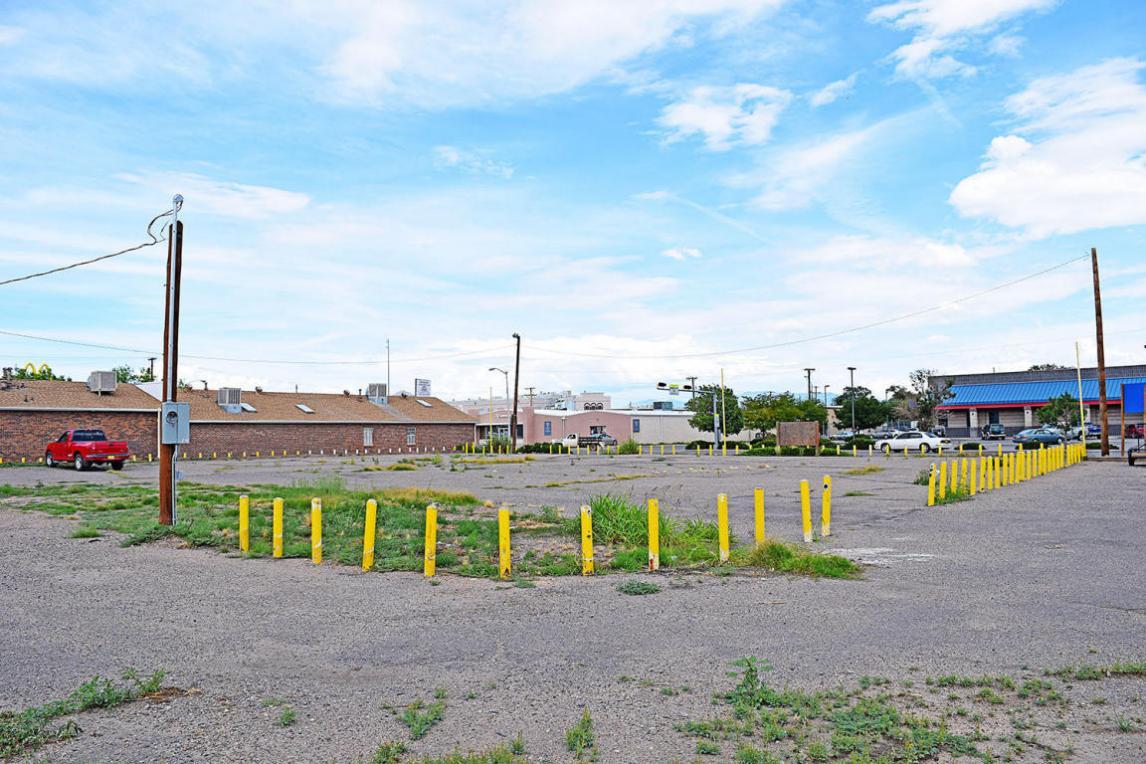 S Main Street, Belen, NM 87002