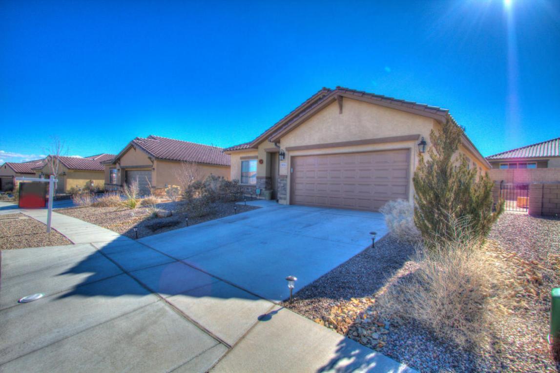 8924 Cloudy Road NW, Albuquerque, NM 87120