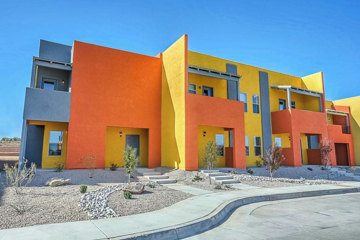 1652 Domino Drive SE, Albuquerque, NM 87123