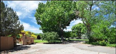 Photo of 490 Applewood Road, Corrales, NM 87048