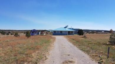 1148 Mountain Valley Road, Edgewood, NM 87015