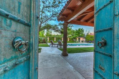 Photo of 2000 Los Poblanos Place NW, Los Ranchos, NM 87107