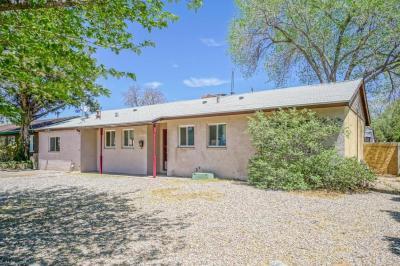 Photo of 2704 Espanola Street NE, Albuquerque, NM 87110