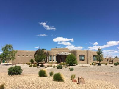 Photo of 761 Marble Sky Avenue NE, Rio Rancho, NM 87144