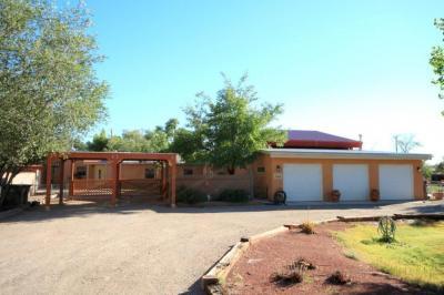 Photo of 312 Nara Visa Road NW, Los Ranchos, NM 87107