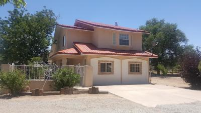 Photo of 8150 Guadalupe Trail NW, Los Ranchos, NM 87114