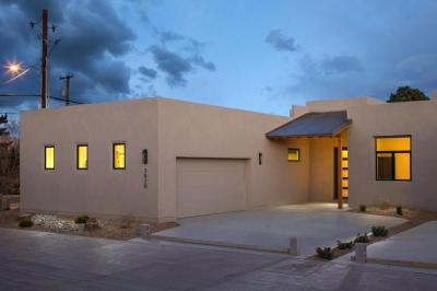 Photo of 3004 Calle Obispo NW, Albuquerque, NM 87107