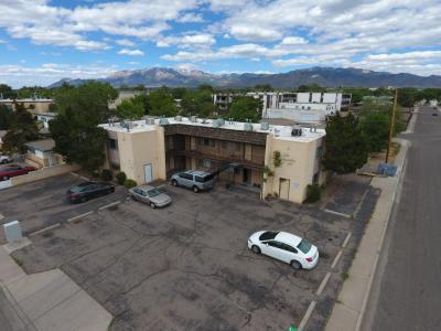 Photo of 300 La Veta Drive NE, Albuquerque, NM 87108