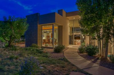 Photo of 13632 Canada Del Oso Place NE, Albuquerque, NM 87111