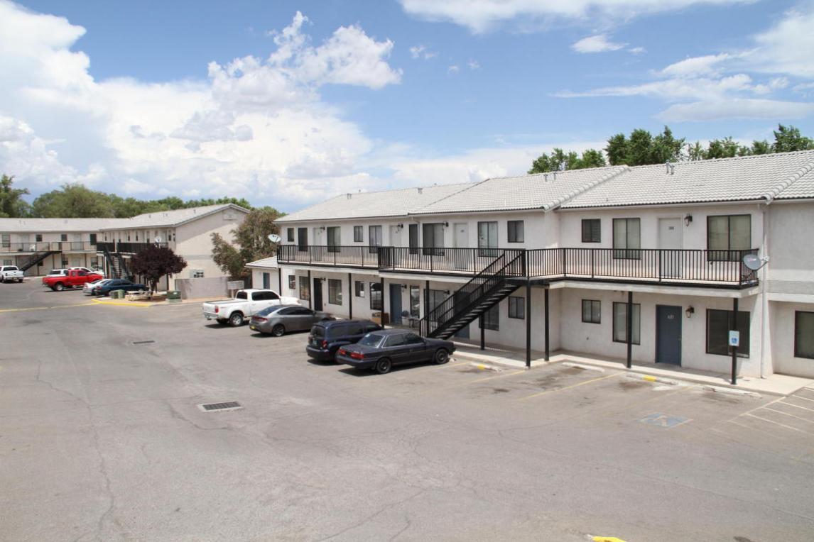 1612 Goff Boulevard SW, Albuquerque, NM 87105