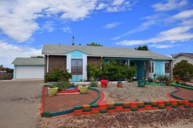 1025 Daffodil Drive SW, Rio Rancho, NM 87124