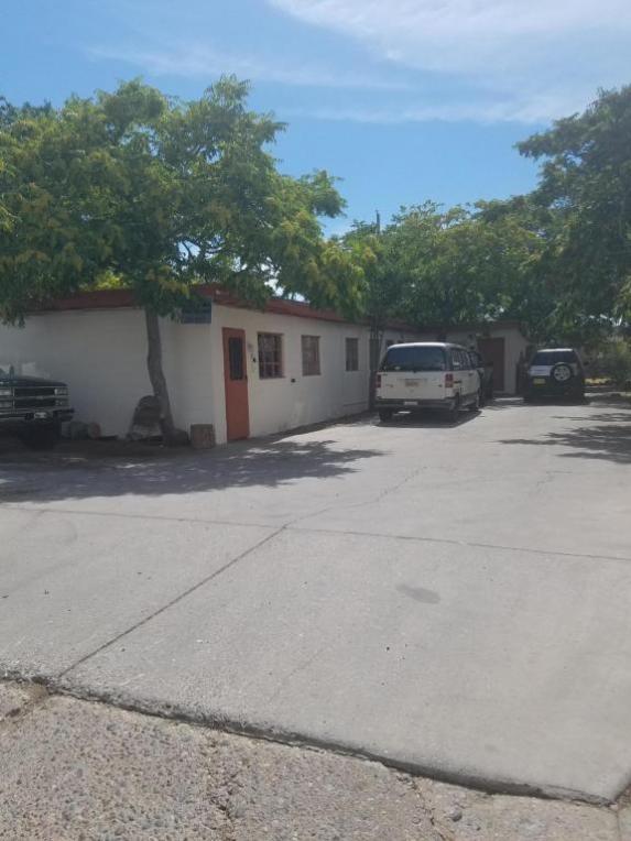 233 Dallas Street NE, Albuquerque, NM 87108