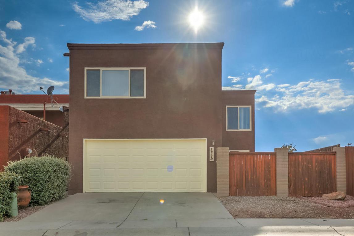 7917 Cockatoo Lane NE, Albuquerque, NM 87109