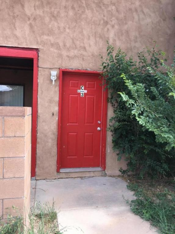 17 Homestead Dr, Moriarty, NM 87035