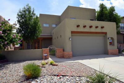 Photo of 9916 Buckeye Street NW, Albuquerque, NM 87114