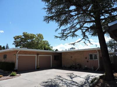 Photo of 1301 Arizona Street NE, Albuquerque, NM 87110