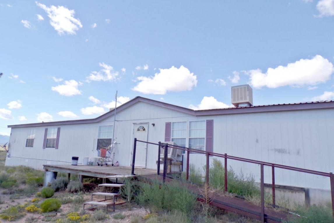 50 Trapezoid, Mountainair, NM 87036