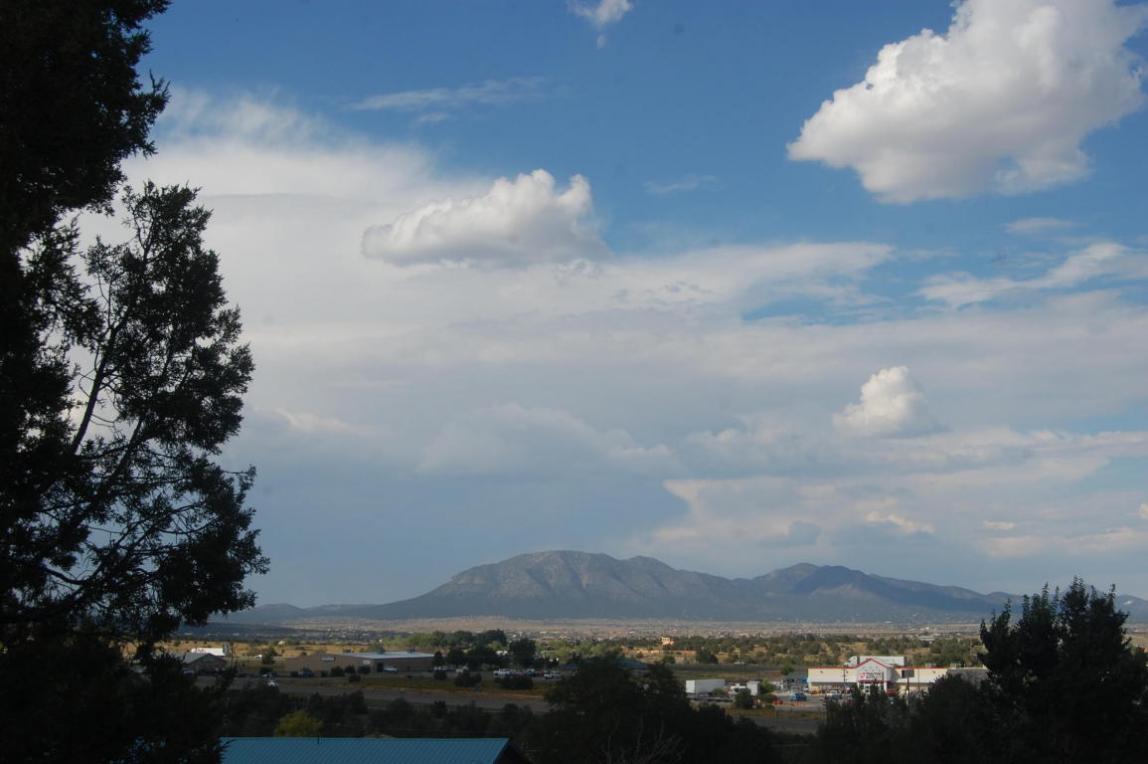 21 Camino Derecho, Edgewood, NM 87015