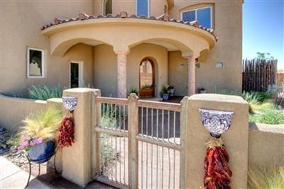 6118 La Paz NE, Rio Rancho, NM 87144