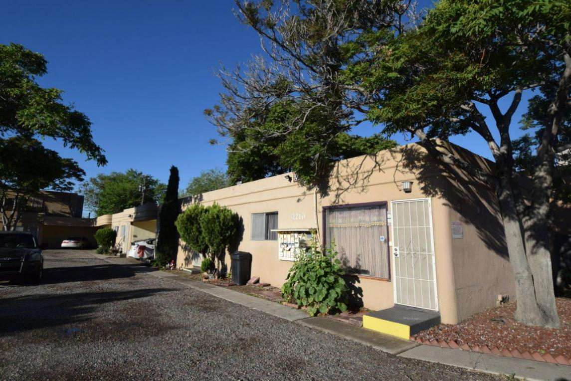 2210 Central Avenue SW, Albuquerque, NM 87104