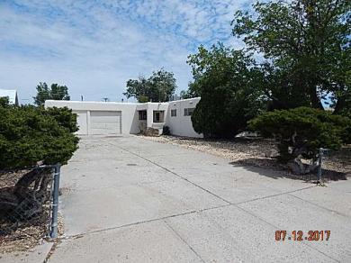 5725 Paradise Boulevard NW, Albuquerque, NM 87114