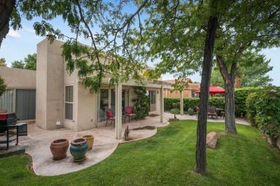 Photo of 9619 Village Green Drive NE, Albuquerque, NM 87111