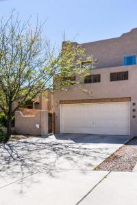 4904 Sun Cove Road NE, Albuquerque, NM 87110