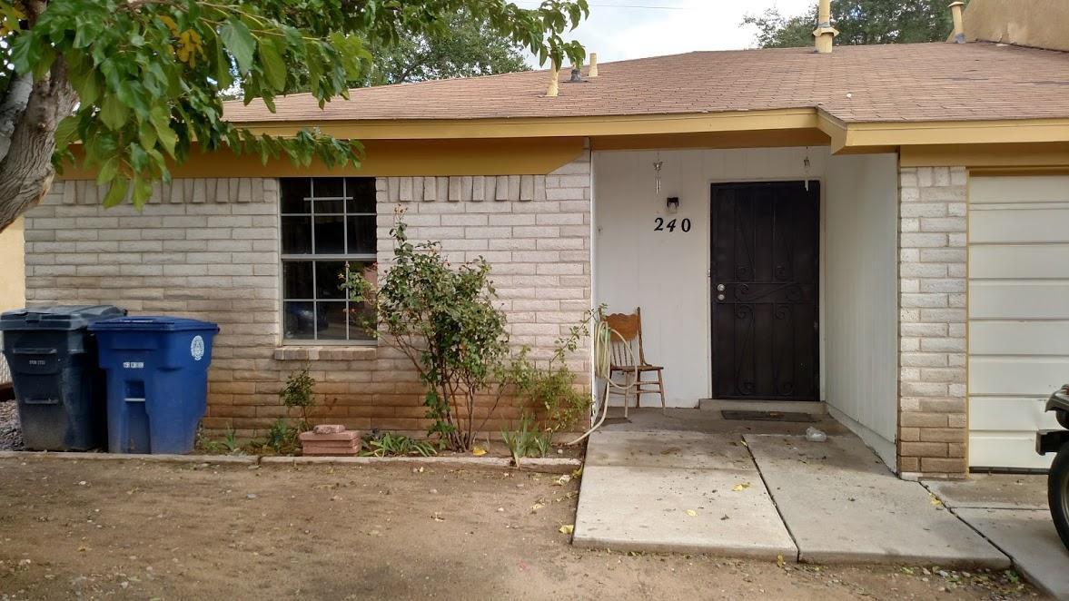 240 Avalon Place NW, Albuquerque, NM 87105