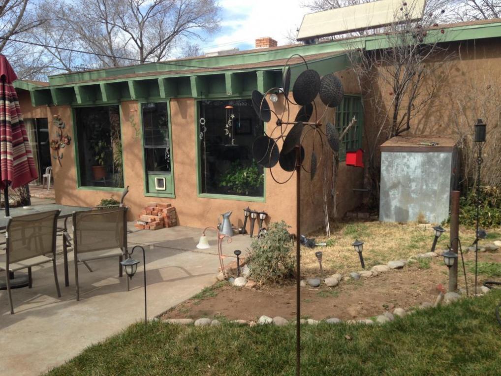 3333 Gabaldon Place NW, Albuquerque, NM 87104