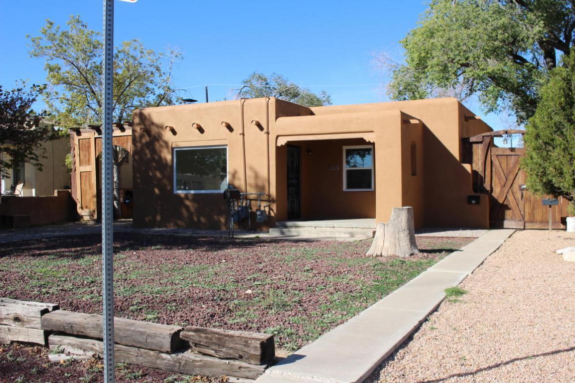 2125 Eton Avenue SE, Albuquerque, NM 87106