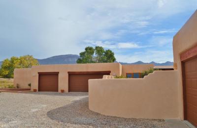 Photo of 10 Tierra Madre Court, Placitas, NM 87043