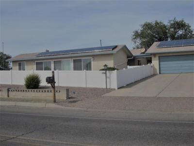 Photo of 817 Villa Verde Drive SE, Rio Rancho, NM 87124