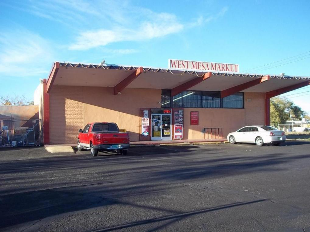 5601 Bluewater Road NW, Albuquerque, NM 87105