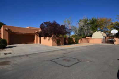 Photo of 4835 Erin Street NE, Albuquerque, NM 87109