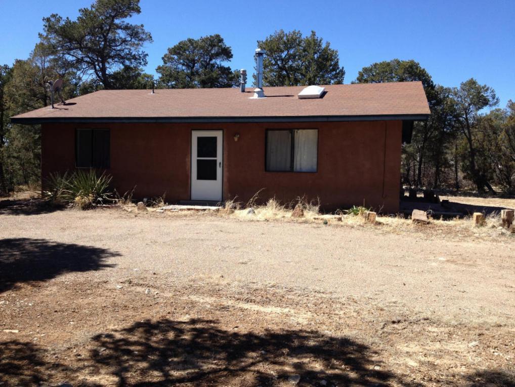 27 Ogaz Loop, Edgewood, NM 87015