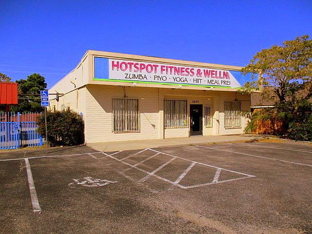 2445 Chelwood Park Boulevard NE, Albuquerque, NM 87112