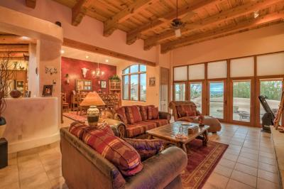 Photo of 25 First Mesa Court, Placitas, NM 87043
